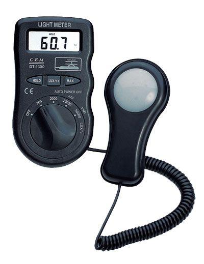 香港DT-1300便携式照度计