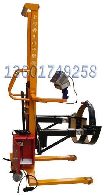 油桶搬运车 电子秤双门架式结构设计